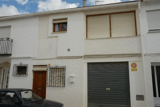 Townhouse for sale in the centre of Teulad...