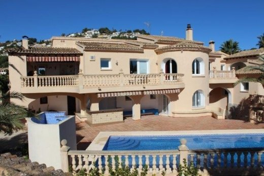 Mediterranean villa for sale in Moraira