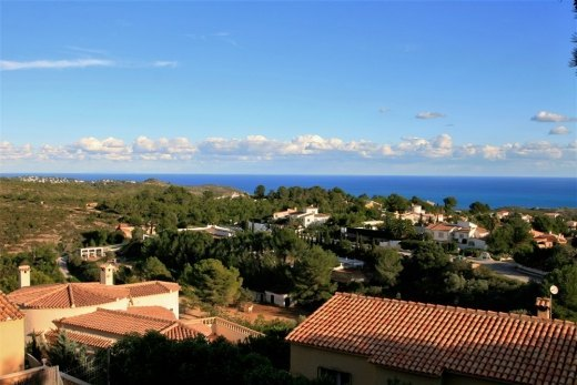 Villa for sale in Benitachell with sea vie...