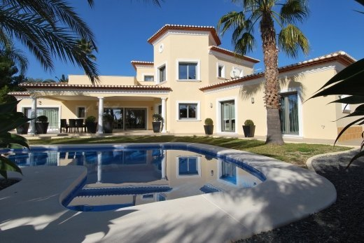 Large villa for sale in Benissa Costa