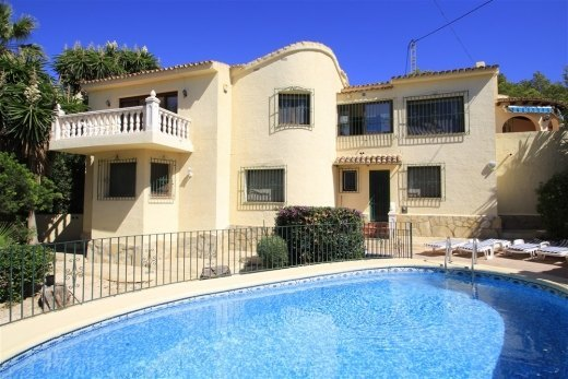 Large villa for sale in Moraira, El Portet