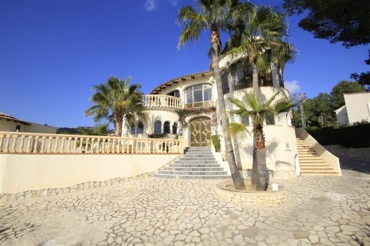 Large sea view villa for sale in San Jaime...