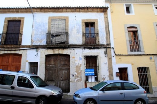 Townhouse for sale in Teulada.