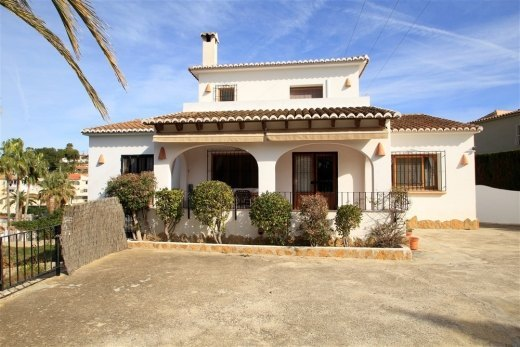 Beautiful Villa for sale in Moraira.