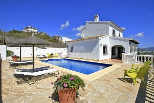 Villa for sale in Moraira with panoramic s...