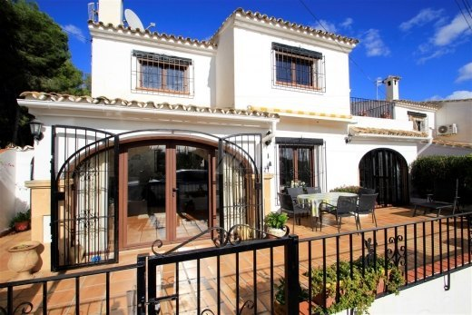 Detached house for sale very close to the ...