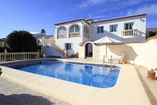 Villa for sale near to Benitachell with lo...