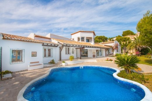 First line villa for sale in Moraira, Cost...