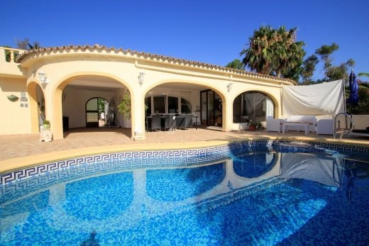 Detached villa for sale in Moraira, Costa ...