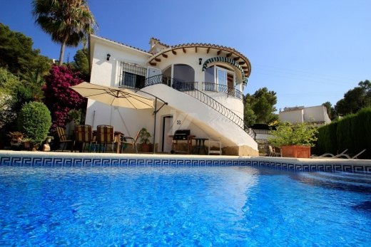 Detached villa for sale in Moraira, close ...