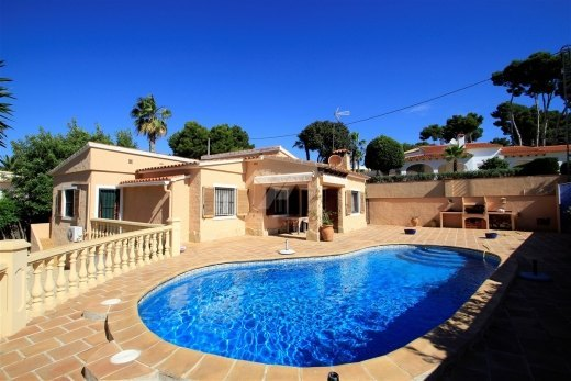One level villa for sale in Moraira, Costa...