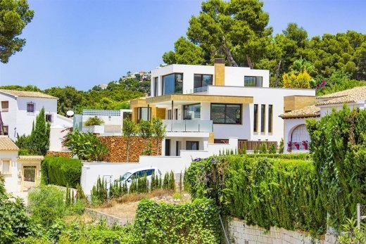 Luxury villa for sale in Moraira, Costa Bl...