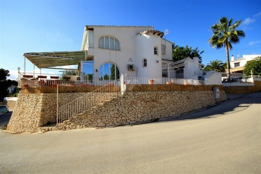 Semi detached villa for sale in Moraira, C...