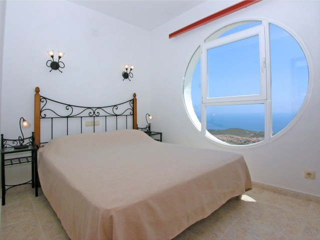 Apartment for sale in Benitachell, panoramic sea views.