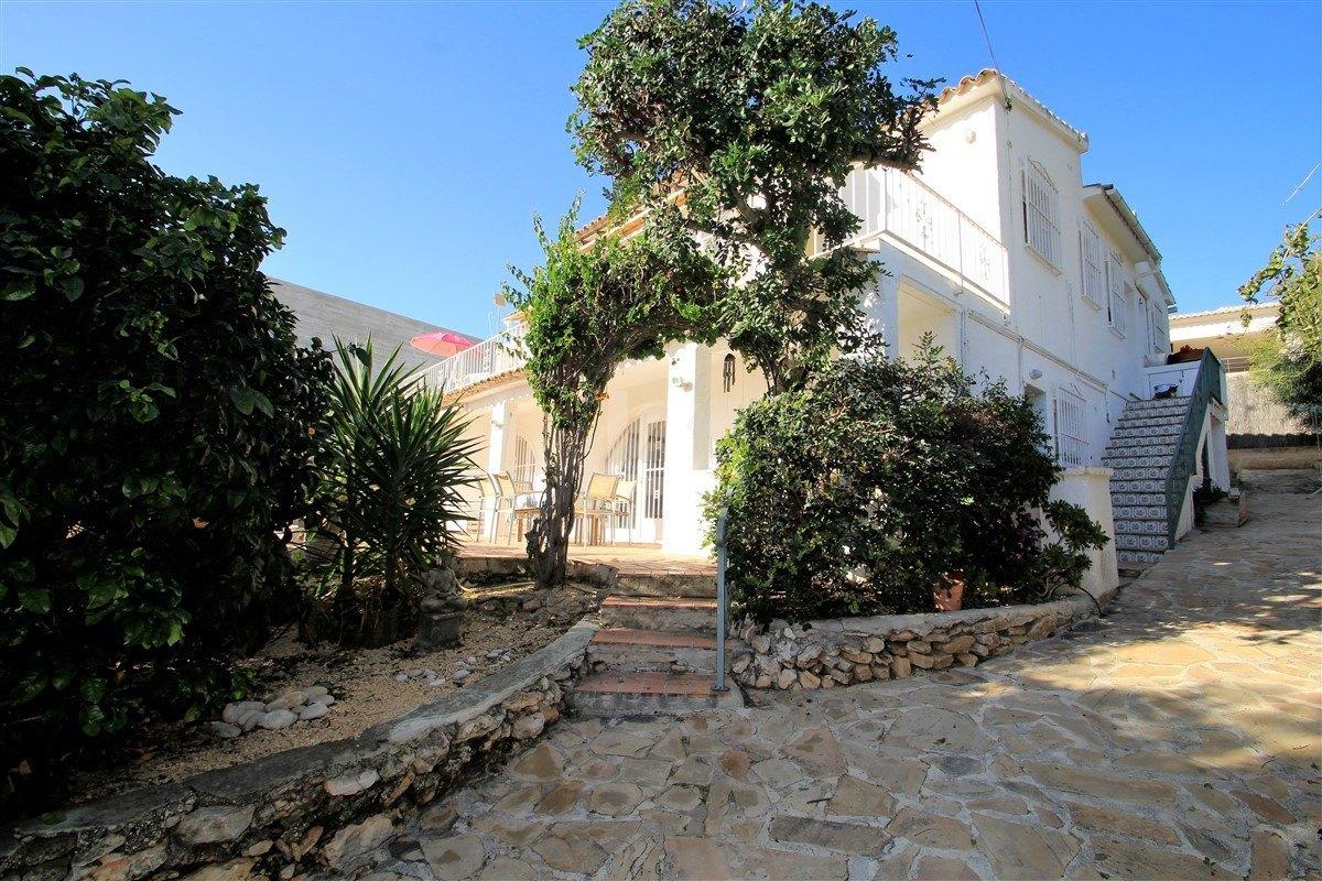 Sea Glimpse villa for Sale in Moraira