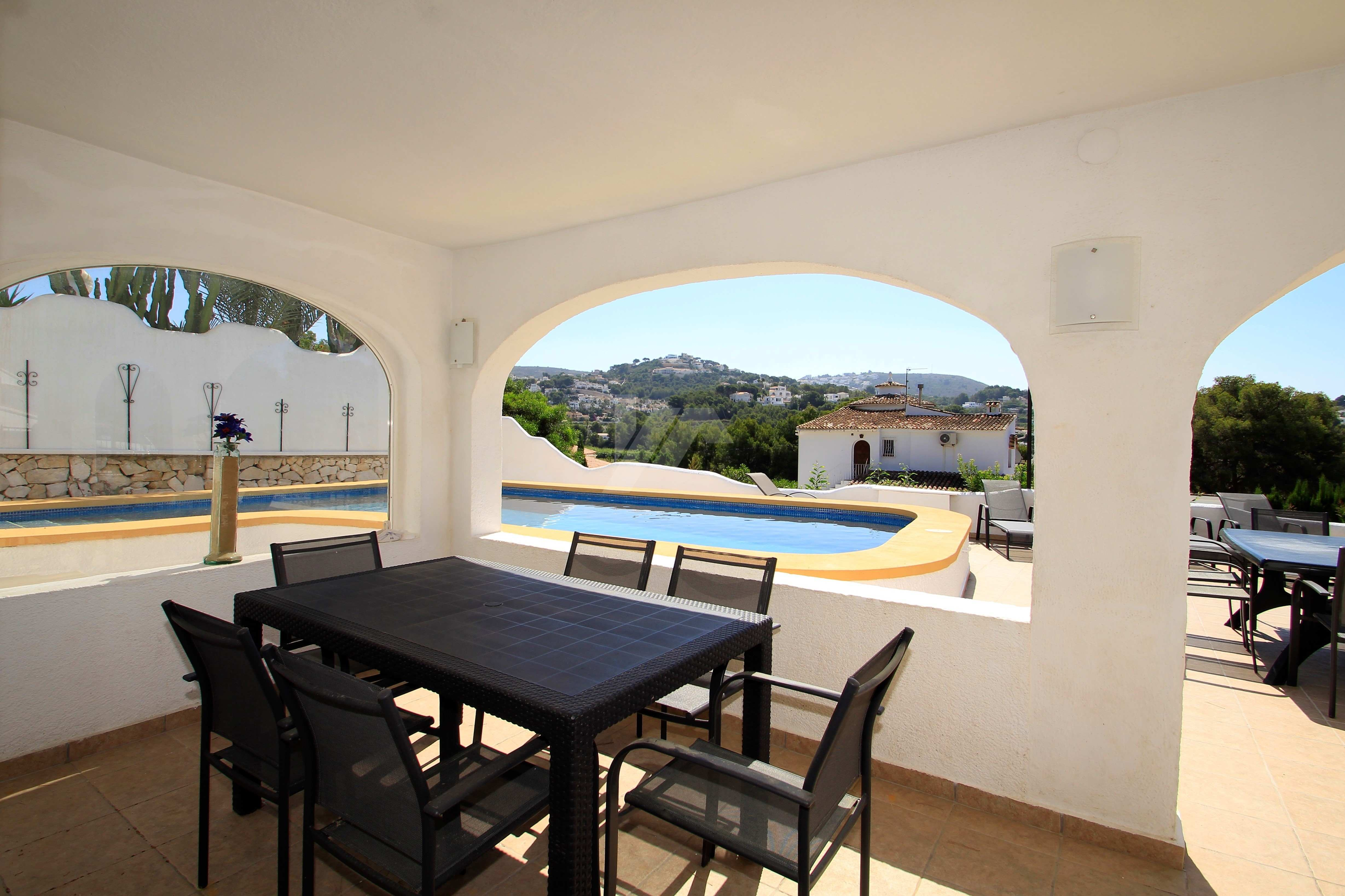 Villa for sale in Moraira, walking distance to town.