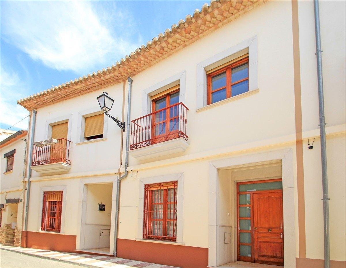 Luxury townhouse for sale in Benissa-Senija.