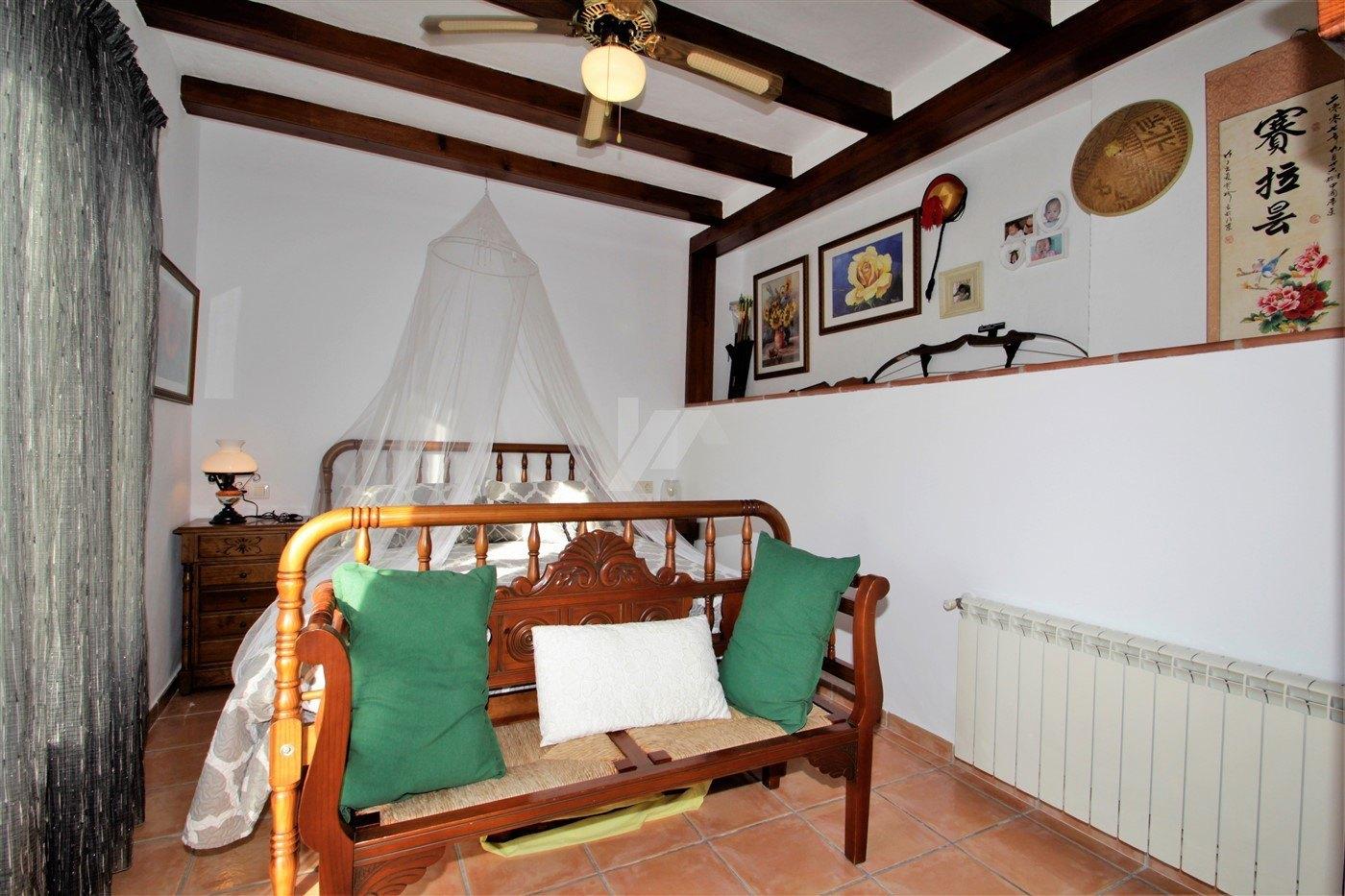 Villa for sale in Moraira, open views.